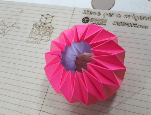 Oficina de Torus de Origami no Fablab Vila Itororó